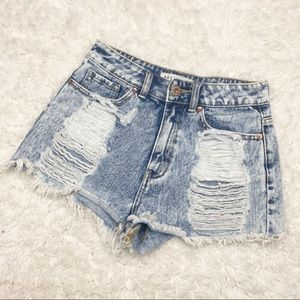 Bullhead | Distressed Denim Mom Shorts